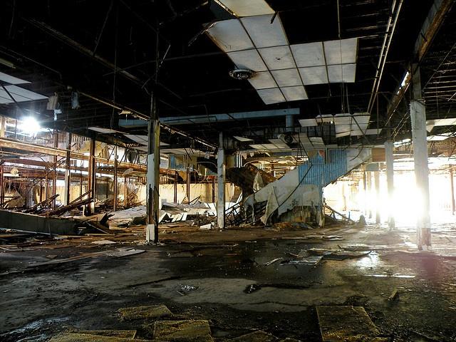 Dixie Square Mall Interior 2