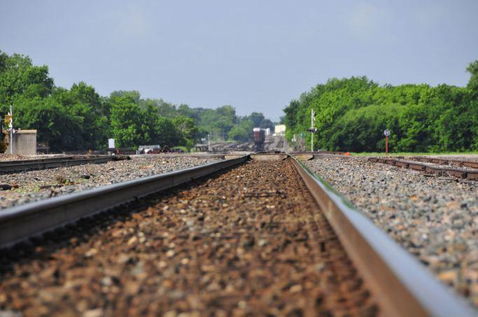 guthrie_-_train_rails_2581386694