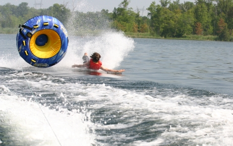 tubing_wipeout_on_loughborough_lake